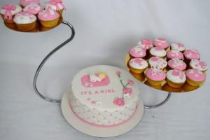 Doptårtor,Rosa dop tårta,Vit doptårtan tårta, dop tårta till en flicka,vit och rosa dop tårta, dop tårta med princes kronan, tårtor Malmö Lund Staffanstorp Helsingborg Skåne